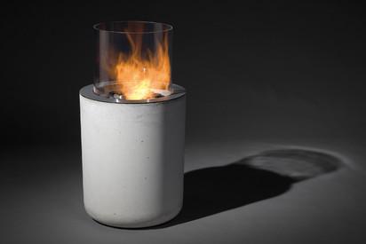 Seminee pe bioetanol pentru exterior si interior / Jar Commerce on grey