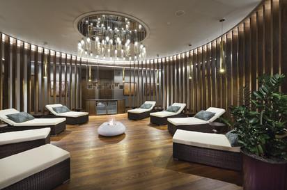 Seminee pe bioetanol pentru exterior si interior / Bubble Commerce, Planika, Hotel Double Tree, Hilton Warsaw