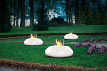 Seminee pe bioetanol pentru exterior si interior / Bubble Commerce, Planika, outdoor collection