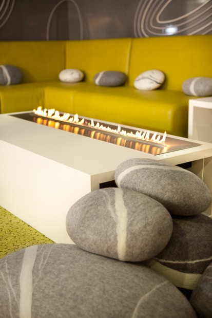 Semineu pe bioetanol cu insertii automate / FLA, INDEX Contemporary Majlis Design Competition, Dubai 2012