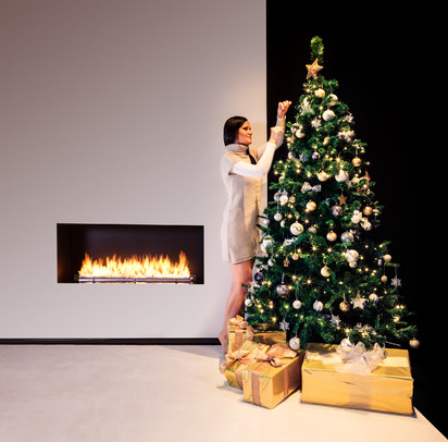 Semineu pe bioetanol cu insertii automate / FLA3, Christmas mood, fot. - Michal Kugacz (3)
