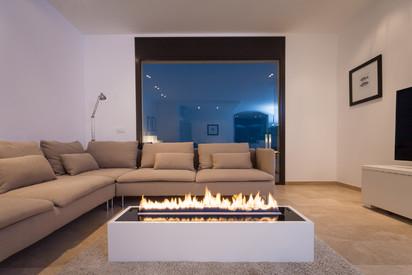 Semineu pe bioetanol cu insertii automate / FLA3_Girona, Spain_private residence, fot. - Michal Kugacz_ 4