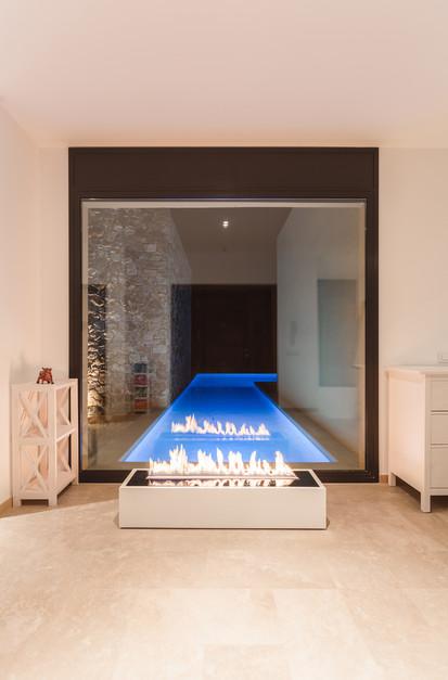Semineu pe bioetanol cu insertii automate / FLA3_Girona, Spain_private residence, fot. - Michal Kugacz_ 9
