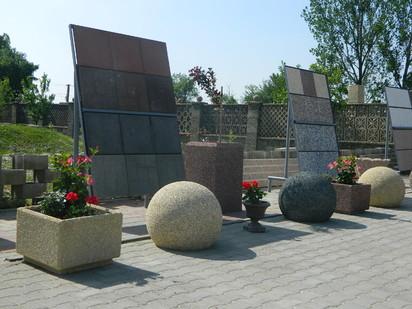 Jardiniere din beton / Jardiniere din beton