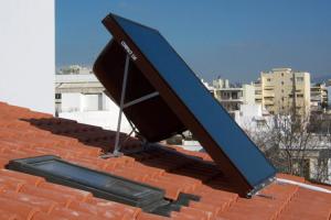 Panouri solare plane sau cu tuburi vidate, sisteme solare THERMOSTAHL pune la dispozitie sisteme solare si panouri solare plane sau cu tuburi vidate, pentru captarea energiei solare continuta in razele soarelui si transformarea ei in energie termica.