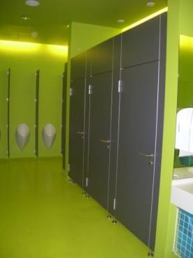 Exemple de utilizare Placi HPL pentru grupuri sanitare FUNDERMAX - Poza 5