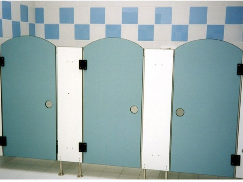 Exemple de utilizare Placi HPL pentru grupuri sanitare FUNDERMAX - Poza 4