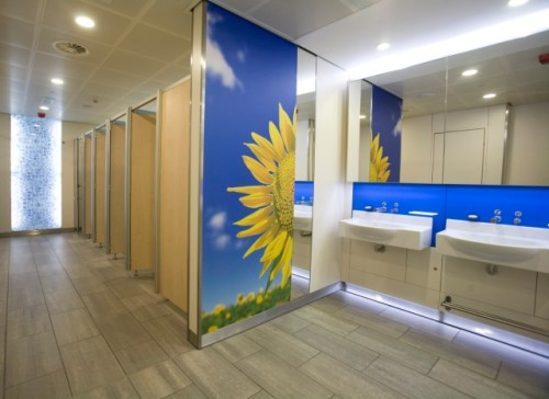 Exemple de utilizare Placi HPL pentru grupuri sanitare FUNDERMAX - Poza 8