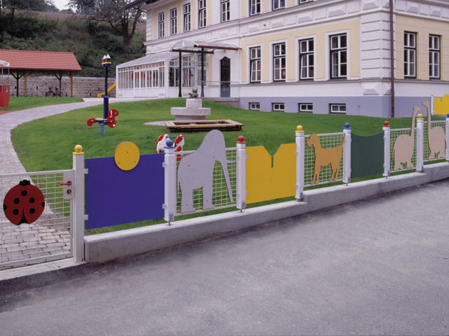 Placi HPL pentru amenajari urbane FUNDERMAX - Poza 3
