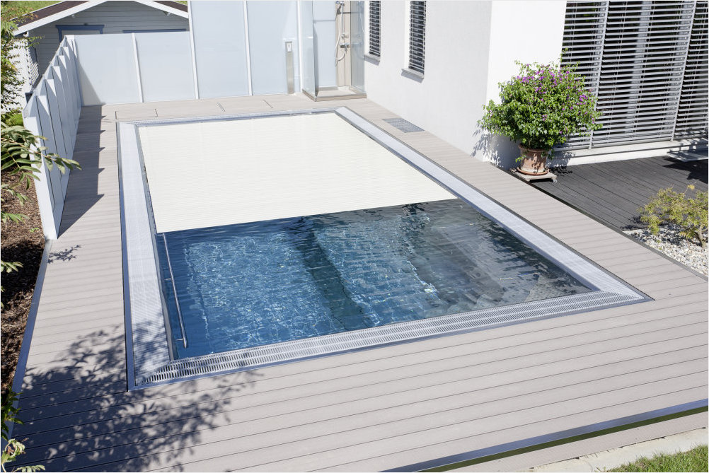 Decking compozit tip WPC - Pavarea suprafetelor din jurul piscinei REHAU - Poza 38