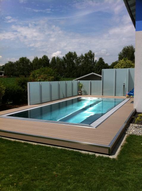 Decking compozit tip WPC - Pavarea suprafetelor din jurul piscinei REHAU - Poza 39