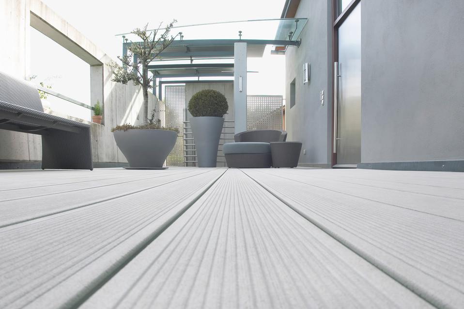 Terase - Decking compozit tip WPC pentru pavaje terase, pardoseli piscine REHAU - Poza 49