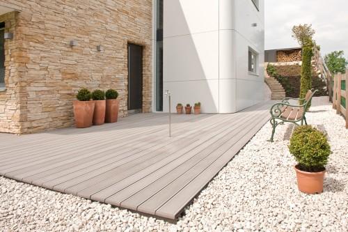 Prezentare produs Terase - Decking compozit tip WPC pentru pavaje terase, pardoseli piscine REHAU - Poza 52