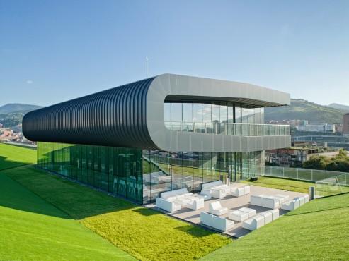 Prezentare produs Terase - Decking compozit tip WPC pentru pavaje terase, pardoseli piscine REHAU - Poza 62