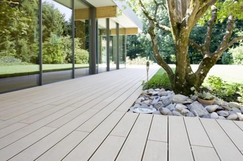 Prezentare produs Terase - Decking compozit tip WPC pentru pavaje terase, pardoseli piscine REHAU - Poza 68