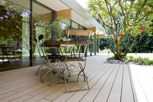 Prezentare produs Terase - Decking compozit tip WPC pentru pavaje terase, pardoseli piscine REHAU - Poza 69