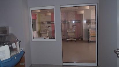 Exemplu de usa automata pentru sectorul medical Usi pentru sectorul medical Usi medicale automate