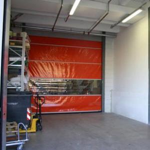 Prezentare produs Porti industriale cu deschidere rapida SIATEC - Poza 5