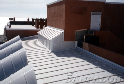Luminatoare tip banda din placi de policarbonat DANPALON - Poza 36