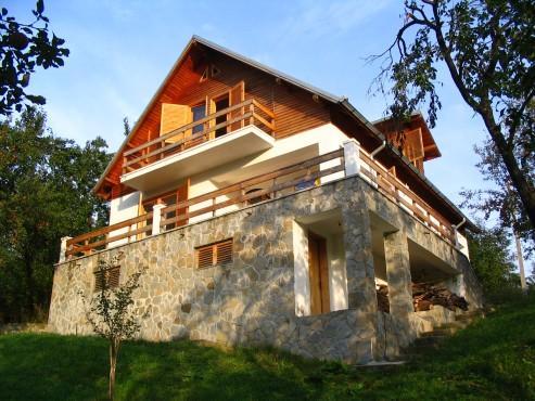 Lucrari, proiecte Casa de vacanta, Valenii de Munte  - Poza 15