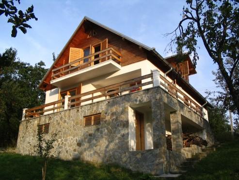 Lucrari, proiecte Casa de vacanta, Valenii de Munte  - Poza 12