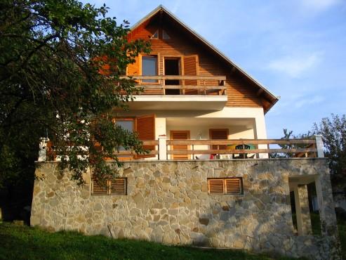 Lucrari, proiecte Casa de vacanta, Valenii de Munte  - Poza 2