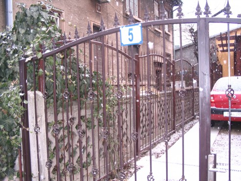 Lucrari de referinta Reamenajare locuinta unifamiliala in str. Intrarea Noptii nr. 5  - Poza 1