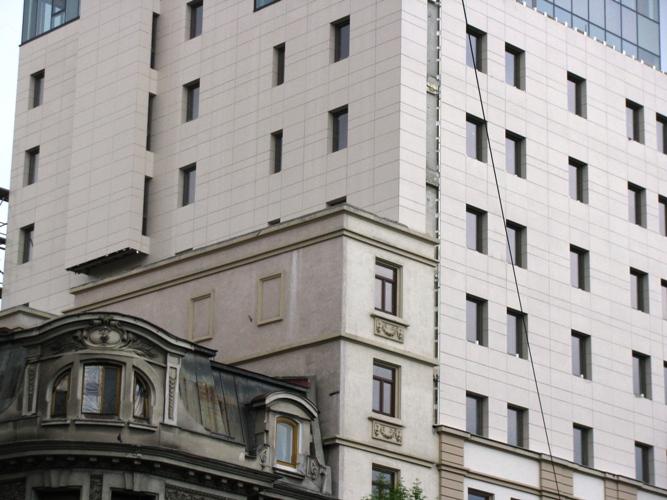 Sisteme de fixare si ancorare a fatadelor - Hotel CAROL Bucuresti EUROFOX - Poza 3