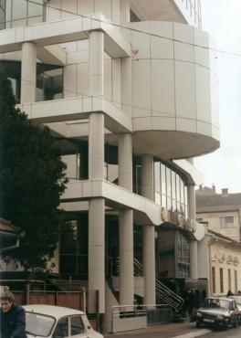 Lucrari, proiecte Sisteme de fixare si ancorare a fatadelor - Sedii Bancpost Cluj-Napoca si Craiova EUROFOX - Poza 2