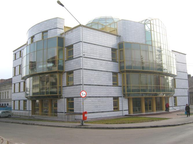 Sisteme de fixare si ancorare a fatadelor - Biblioteca Municipala Rm-Valcea EUROFOX - Poza 4