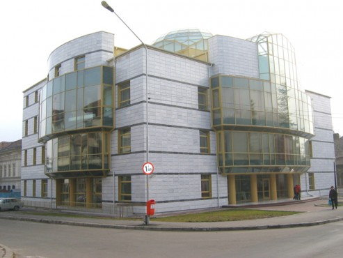 Lucrari, proiecte Sisteme de fixare si ancorare a fatadelor - Biblioteca Municipala Rm-Valcea EUROFOX - Poza 4