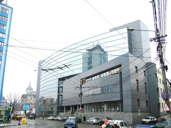 Sisteme de fixare si ancorare a fatadelor - Cladire birouri (anterior Banca Agricola) Cluj-Napoca EUROFOX - Poza 2