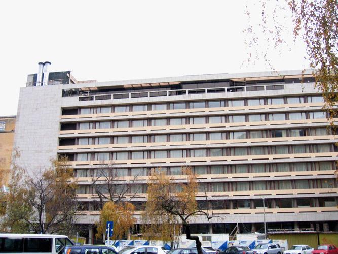 Sisteme de fixare si ancorare a fatadelor - Hotel ARO Brasov EUROFOX - Poza 3