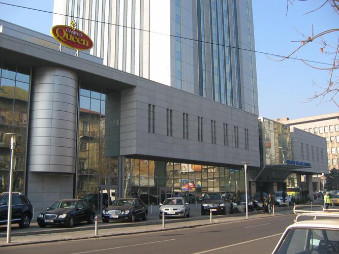 Sisteme de fixare si ancorare a fatadelor - Hotel Howard Johnson Bucuresti EUROFOX - Poza 4