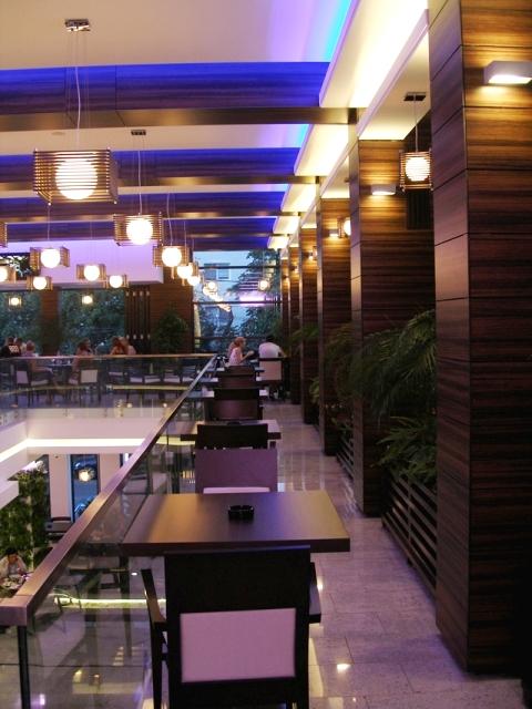 Placaje HPL pentru fatade si pereti - Restaurantul INTEGRA Constanta TRESPA - Poza 5