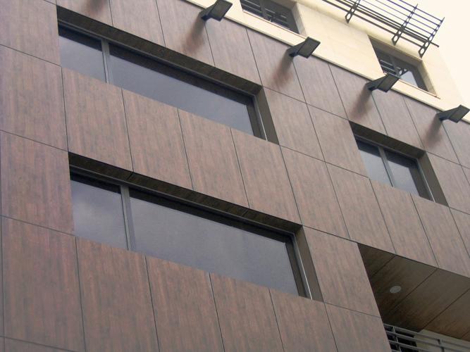 Placaje HPL pentru fatade - Cladire birouri Bucuresti Str.Brosteanu TRESPA - Poza 2