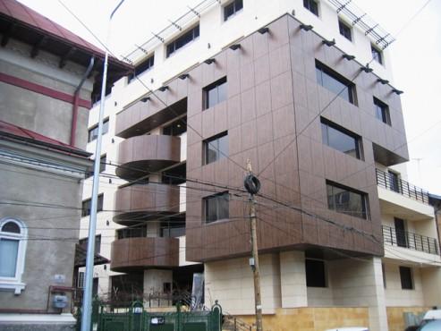 Lucrari, proiecte Placaje HPL pentru fatade - Cladire birouri Bucuresti Str.Brosteanu TRESPA - Poza 3