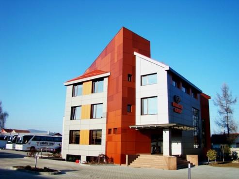 Lucrari, proiecte Placaje HPL pentru fatade - Sediu firma FILADELFIA Bistrita TRESPA - Poza 7