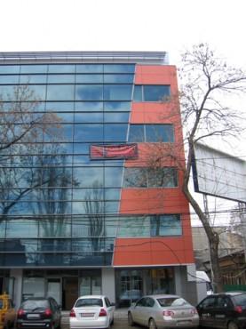 Lucrari, proiecte Placaje HPL pentru fatade - Sediu firma Bucuresti, calea Floreasca TRESPA - Poza 4