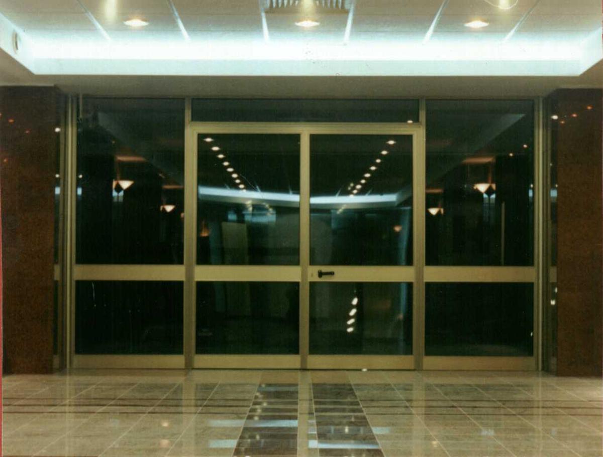 Usi si ferestre cu tamplarie din profile de aluminiu ABAFORM - Poza 1