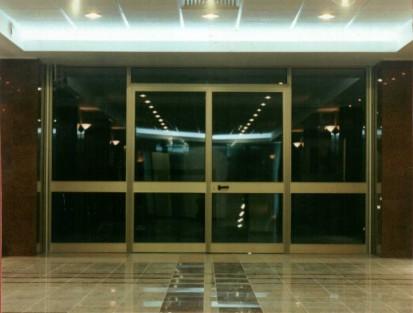 panou_separator_hol Usi si ferestre cu tamplarie din profile de aluminiu