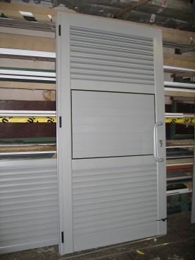 Prezentare produs Usi si ferestre cu tamplarie din profile de aluminiu ABAFORM - Poza 4