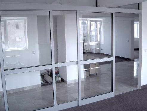 Prezentare produs Usi si ferestre cu tamplarie din profile de aluminiu ABAFORM - Poza 7