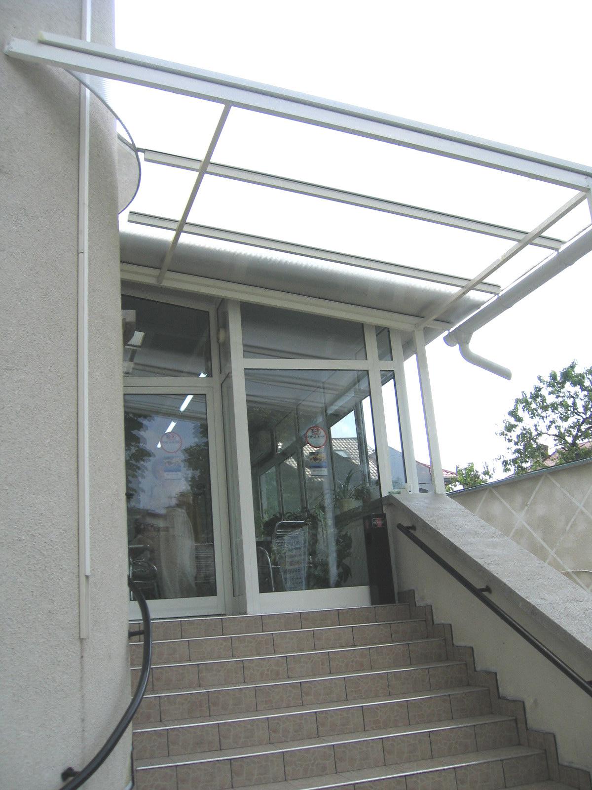 Usi si ferestre cu tamplarie din profile de aluminiu ABAFORM - Poza 9