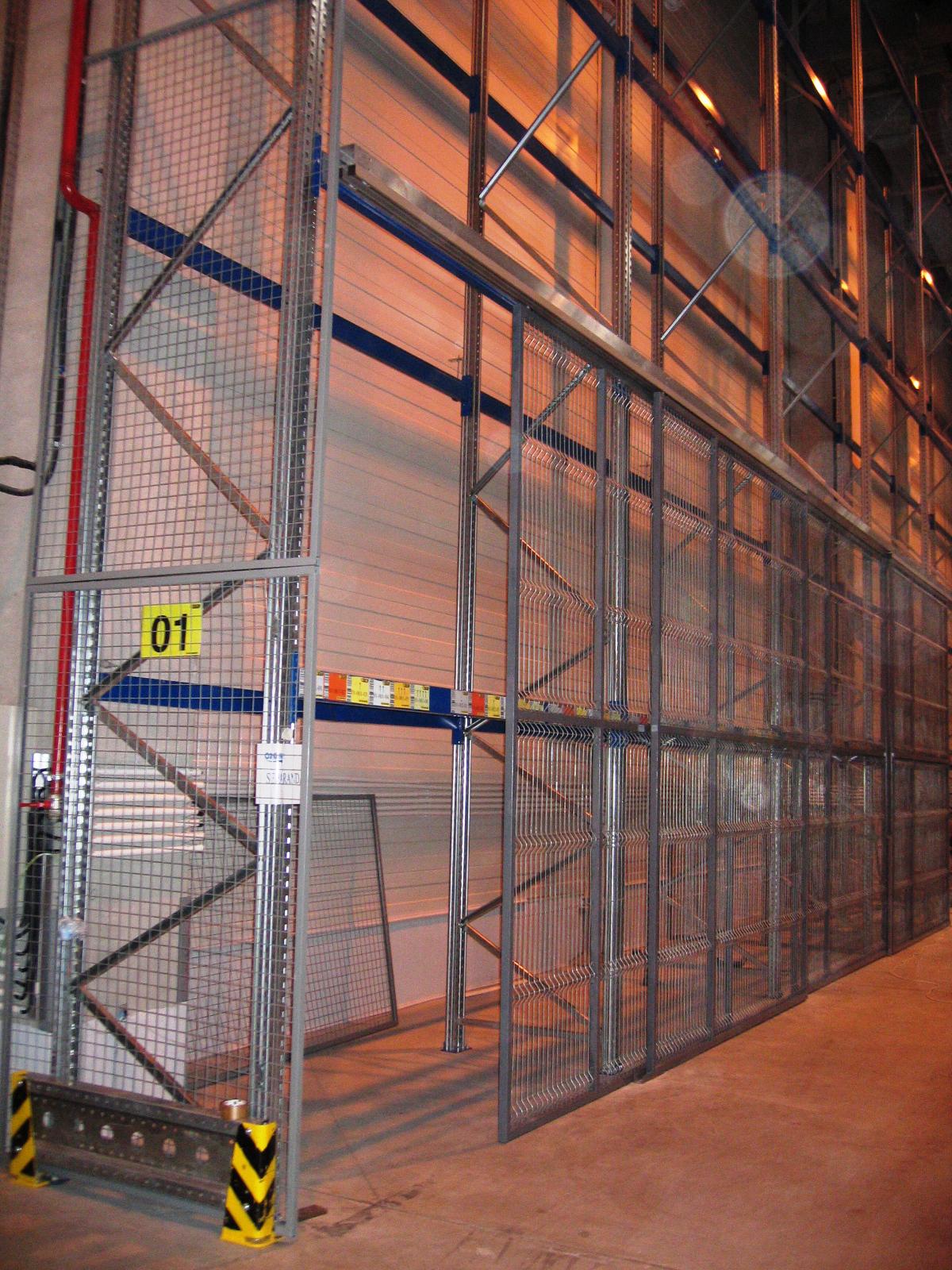 Usi si ferestre cu tamplarie din profile de aluminiu ABAFORM - Poza 17