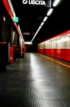 Statie de metrou  - Milano (Italia) ARTIGO - Poza 2