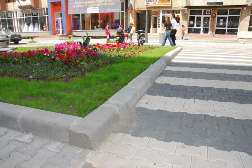 Prezentare produs Bordura carosabila din beton ELIS PAVAJE - Poza 79