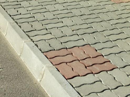 Prezentare produs Bordura semicarosabila din beton ELIS PAVAJE - Poza 96