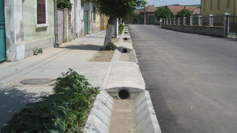 Sant trapezoidal prefabricat din beton ELIS PAVAJE - Poza 18