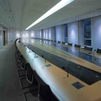 """Solutii si sisteme complete de conferinte Folosind tehnologia inteligenta, EQURAM transforma salile de conferinte sau de consiliu, clasele pentru pregatire sau amfiteatrele, din sali de intalnire intr-o """"simfonie""""orchestrata de imagini, sunete si simplitate, totul adaptat perfect decorului. Sistemele complete de conferinteinclud instalatii audio-video si proiectie, video-conferinte, prezentari media, cursuri on-line, sesiuni video sitransmisii high-definition la distanta."""